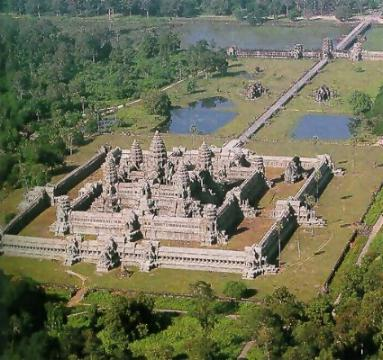 cambodia_temple_3.jpg